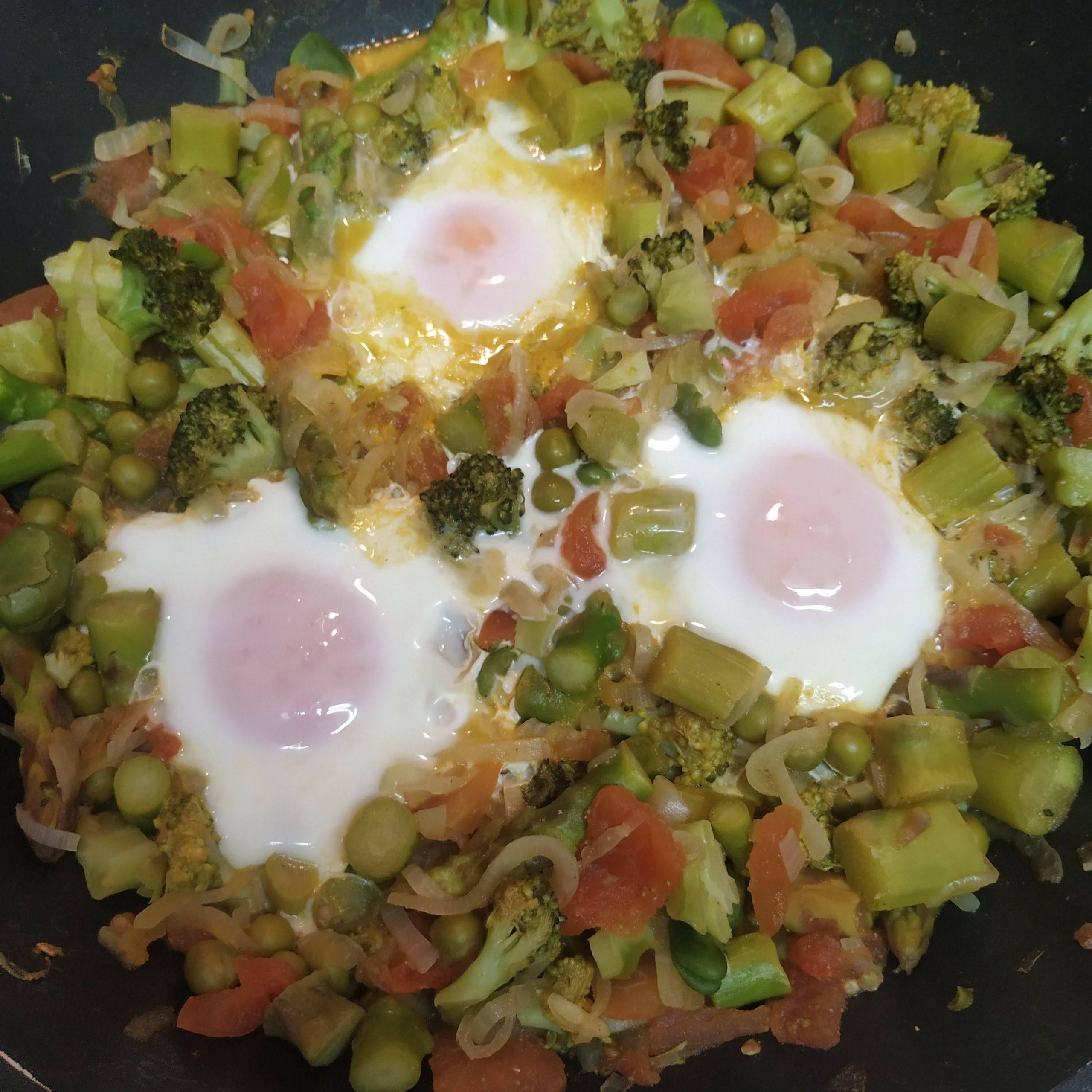 sarten de huevos con verduras